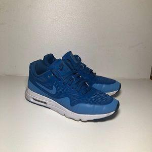 Nike Air Max 1 Ultra Moir Size 5
